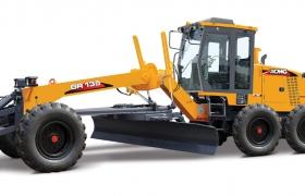Автогрейдер GR135